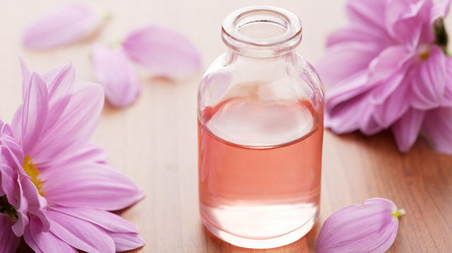 Aromatherapy: Eight essential oils to boost up your confidence
